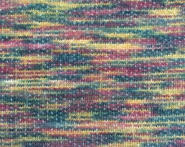 degrade iplikle yapılmış kumaş